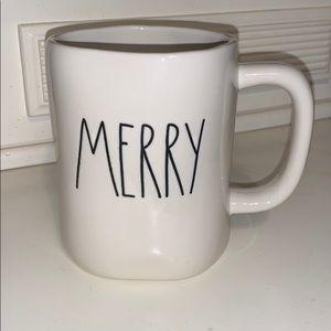 RAE DUNN- MERRY mug